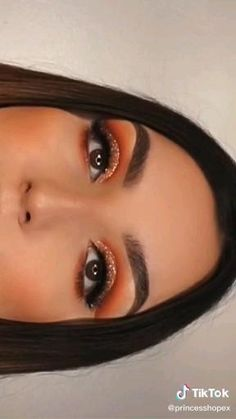 Eyebrow Makeup Tips, Makeup Eye Looks, Eye Makeup Steps, Eye Makeup Art, Colorful Eye Makeup, Beautiful Eye Makeup, Crazy Makeup, Glam Makeup, Makeup Inspo