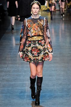 Dolce & Gabbana Fall 2012 Ready-to-Wear Fashion Show: Complete Collection - Style.com