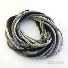 Z całego serca ...: Szaleństwa ciąg dalszy... Scarf Necklace, Scarf Jewelry, Interweave Crochet, I Cord, Neckerchiefs, Neck Warmer, Vogue, Warm Scarves, High Tea