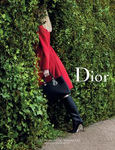 Dior Secret Garden 3 in Versailles shot by Inez van Lamsweerde and Vinoodh Matadin l Daria Strokous, Fei Fei Sun and Katlin Aas as the Three Graces l Christian Dior, Foto Fashion, High Fashion, Ad Fashion, Womens Fashion, Dior Couture, Versailles, Editorial Photography, Fashion Photography