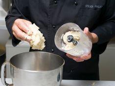 Υπέροχοι Εργολάβοι με 3 υλικά | Συνταγές - Sintayes.gr Yams, Biscuits, Food And Drink, Ice Cream, Sweets, Candy, Cookies, Desserts, Christmas