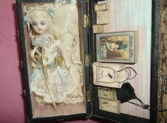 DOLL PRESENTATION BOX BY CATHY HANSEN FRENCH MIGNONETTE (12/28/2013)