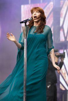 Florence & the Machine peform at the Sound for Change concert a Twickenham Stadium, 01/06/13 #florenceandthemachine #florencewelch #chimeforchange