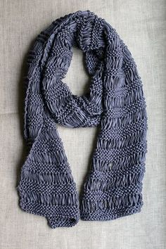 free pattern for a drop stitch scarf -a good project when you don't have a lot of yarn...