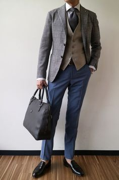grey and blues Suit Fashion, Mens Fashion, Fashion Outfits, Grey Suit Combinations, Elegant Man, Herren Outfit, 3 Piece Suits, Suit And Tie, Gentleman Style