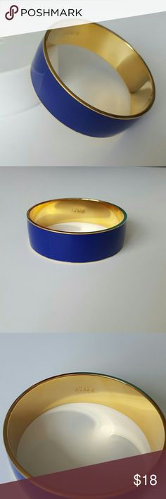 Royal Blue J. Crew Bangle Brand new condition. Vibrant blue bangle with gold trim. So cute for Spring and Summer! J. Crew Jewelry Bracelets