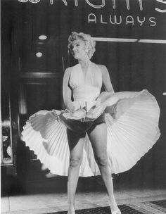 """Marilyn on the set of """"The Seven Year Itch"""" 1954"""