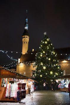 Tunnelmallinen Tallinna on parhaimmillaan joulun alla