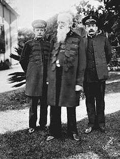General William Booth (founder) of the Salvation Army, Major Cox and Commissioner William Nicol during a visit to Australia by General Booth, 17 June 1905