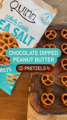 The easiest recipe ever! For a healthy sweet & salty treat. Quinn Gluten Free Pretzel Twists + Bob's Red Mill Almond Flour, Peanut Butter & sweetener of your choice! Save for later! yum😋 Gluten Free Desserts, Healthy Desserts, Gluten Free Recipes, Vegan Recipes, Peanut Butter Dip, Gluten Free Peanut Butter, Chocolate Butter, Salted Chocolate, Vegan Snacks