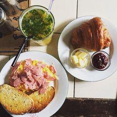 Sunday breakfast is ready! Order online at www.elmasbakerybarkitchen.com