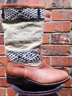   kiboots   'leeann' boot - size 40 {9}