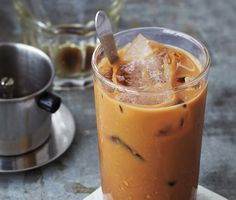 Vietnamese Iced Coffee recipe from Bon Appetit. Ingredients: 2 tablespoons dark-roast ground coffee (preferably trung nguyen premium blend or café du monde coffee with chicory), 2 t. Iced Coffee At Home, Cold Brew Iced Coffee, Iced Coffee Drinks, Coffee Coffee, Drip Coffee, Iced Tea, Thai Coffee, Iced Latte, Coffee Talk