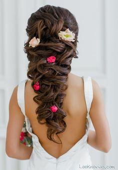trenzas con flores para novias - Buscar con Google