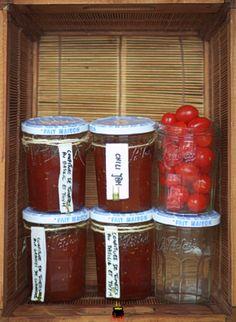 Pomidorowe dżemy z owocami kolendry,pili-pili,bazylią i tymiankiem.