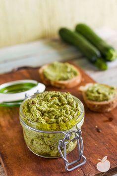 Pesto di zucchine e mandorle | Ricetta Crudista | Il Goloso Mangiar Sano | Bloglovin'