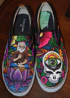 Grateful Dead Kicks I want these so bad! Grateful Dead, Crazy Shoes, Me Too Shoes, Chen, Dead Pictures, Painted Shoes, Painted Vans, Forever Grateful, After Life