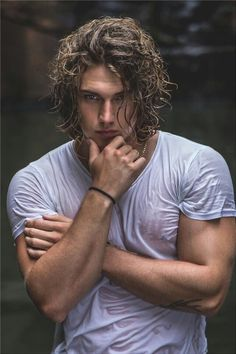 'One shot one kill': A photo uploaded by Benjamin Ahlblad - Actor, Model and Influencer based in New South Wales, Australia Most Beautiful Man, Gorgeous Men, Hair And Beard Styles, Curly Hair Styles, Long Curly Hair Men, Poses For Men, Male Beauty, Male Models, Hair Inspiration