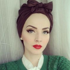 Vintage Inspired Glam Make-Up for Pale skin