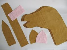 This strapping stallion stick horse tutorial has been a looooong time coming! Fabric Crafts, Sewing Crafts, Sewing Projects, Diy For Kids, Gifts For Kids, Stick Horses, Horse Pattern, Horse Crafts, Hobby Horse