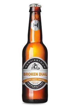 Cerveja Harviestoun Broken Dial, estilo American Amber Ale, produzida por Harviestoun Brewery, Escócia. 4.5% ABV de álcool.