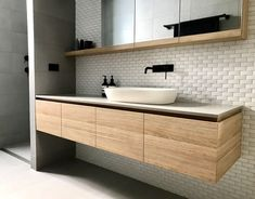 New Images Modern Bathroom storage Tips As the cold-weather months loom forebodingly on the horizon, do it yourself in addition to style upg Contemporary Bathroom Designs, Bathroom Layout, Modern Bathroom Design, Bathroom Interior Design, Bathroom Ideas, Bathroom Inspo, Bathroom Images, Bathroom Trends, Bathroom Colors