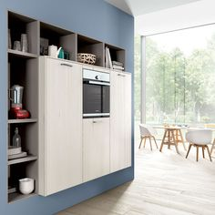 KBB Ark is an online platform that connects homeowners to kitchen and bathroom design professionals. Kitchen Storage Hacks, Locker Storage, Open Shelving, Open Plan, Kitchen Design, Colour Contrast, Kitchen Small, Contemporary, Cabinet