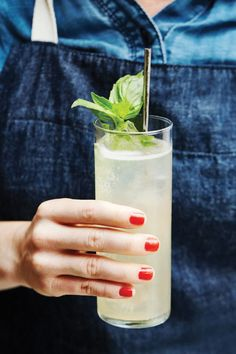 Here's How To Make Italy's Most Popular Cocktail