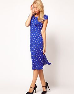 I wish I were tall & lithe enough to pull this off - ASOS Midi Tea Dress In Bird Print