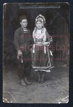 Aromanians from Gorna Dzhumaya, Bulgaria Anglo Saxon History, Albanian Culture, Bulgarian, Fashion History, Romania, Lamb, Folk, Traditional, Costumes