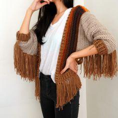 Boho Crochet Patterns, Crochet Vest Pattern, Crochet Jacket, Crochet Vest Outfit, Crochet Patterns Free Women, Crochet Outfits, Crochet Vests, Crochet Poncho, Crochet T Shirts