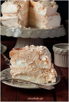 Salmon and mozzarella cake - Clean Eating Snacks Dessert Cake Recipes, No Cook Desserts, Muffins Frosting, Pavlova Cake, Polish Desserts, Torte Recipe, Meringue Cake, Tasty Chocolate Cake, Bakery Recipes