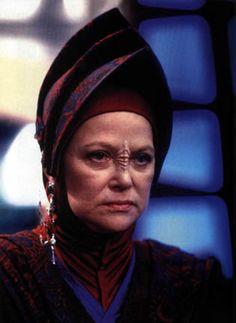 Bajoran Kai Winn - the bitch you love to hate