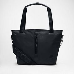 Nike Tech Bonded Tote Bag has so many pockets and 2 bottle holders perfect as a baby bag too!
