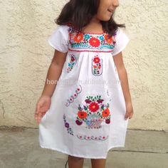 Vintage Mexican Embroidery Dress | Vintage Mexican Embroidered Dress Latest Smoking Dress Designs For ...