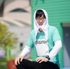 Preview pics of Running Man E298 'Finding NoMan Race' (cr sbs_runningman_sbs) Running Man Korean, Korean Variety Shows, Rain Jacket, Windbreaker, Instagram, Fashion, Moda, Fashion Styles, Fashion Illustrations
