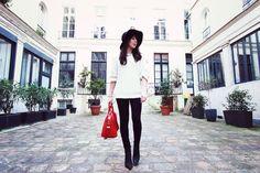 Fedora-ASOS-Pull-angora-Choies-Sac-Entigona-Givenchy-Leggings-Zara-Boots-Tess-Acne