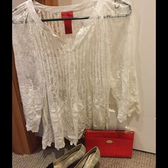 White Lace Top Very cute and versatile!! Size s, but I'm i think it would fit up to a large. V Cristina Tops