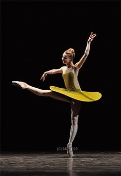 "Evgenia Obraztsova in William Forsythe's ""The Vertiginous Thrill of Exactitude"""