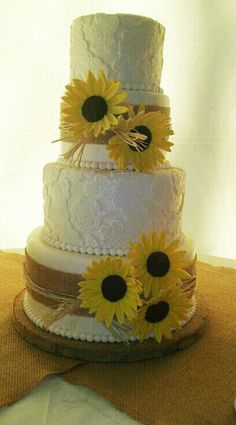 Burlap and Lace with Sunflowers (J'aime Cakes LLC)