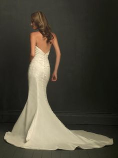 Strapless Lace appliqué Mermaid /Trumpet Sexy Wedding Dress