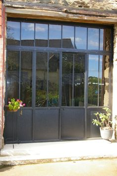 Pin By Fayeulle On Baies Vitr Atilde Copy Es La Poterie Entrance Doors Garage - Pin By Fayeulle On Baies Vitr Atilde Copy Es La Poterie Entrance Doors Garage - Entrance Doors, Windows And Doors, Glass Door, French Doors, Home Deco, Facade, New Homes, House Design, Recherche Google