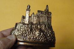 Schloss Neuschwanstein German Castle Metal Building souvenir Bronze