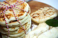 Snabbt och enkelt stekpannebröd - Victorias provkök Foodies, Brunch, Victoria, Bread, Ethnic Recipes, Mat, Bujo, Smoothies, Corner