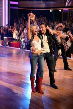 'Footloose' Stars Julianne Hough & Kenny Wormald On How Their 'DWTS' Performance Happened Julianne Hough Footloose, Julianne Hough Feet, Derek And Julianne Hough, Derek Hough, Footloose Movie, Footloose 2011, Ariel Footloose, Country Dance, Country Girls