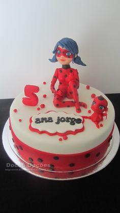 Fondant, Lady Bug, Miraculous Ladybug, Biscuits, Birthday Cake, Mlb, Desserts, Cakes, Food