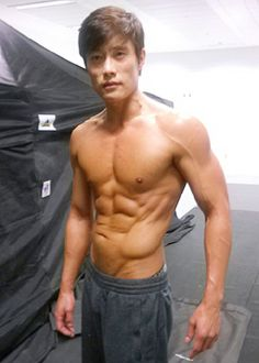 Lee Byung-hun flashing his six-pack and sculpted physique | Red 2, The Magnificent Seven, G.I. Joe