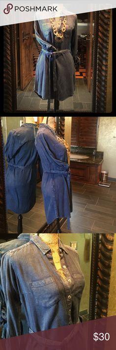 "Denim Dress😍 Silver buttoned denim dress, pockets and belt. ""32 length ❤️ Red Camel Dresses Midi"