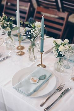 Wedding Table, Diy Wedding, Wedding Ceremony, Wedding Venues, Reception, Flower Decorations, Wedding Decorations, L Eucalyptus, Diy Centerpieces