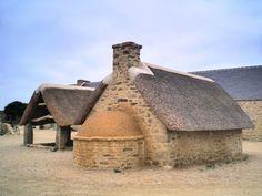 Le four à pain de Meneham après restauration (Finistère, Bretagne).
